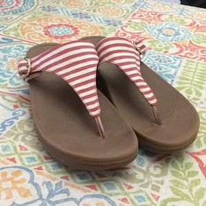 FitFlop The Skinny Sandal Red Stripe #550-002